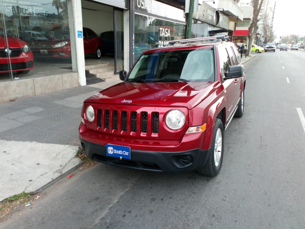 CHRYSLER PATRIOT JEEP 2.4 SPORT 2011